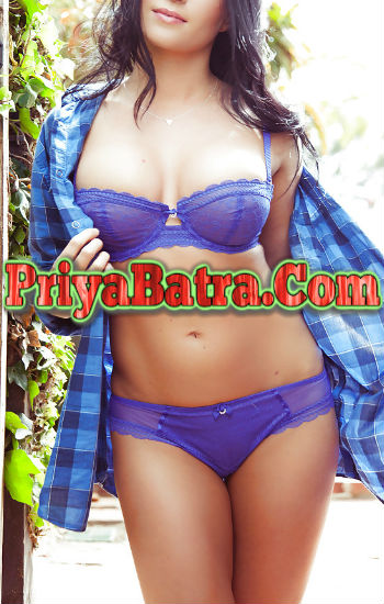 Pratima Slim Figure Beautiful Escort Girl in Santacruz